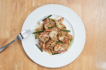 Stir fry noodles with crab photo