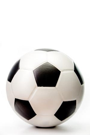 Fußball auf weißem Hintergrund Standard-Bild - 34396013