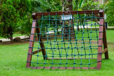Por supuesto cuerda en el patio de recreo Foto de archivo - 34781198