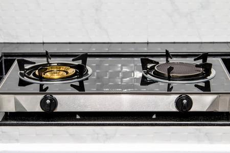 Nahaufnahme Gasherd in der Küche Standard-Bild - 39103832