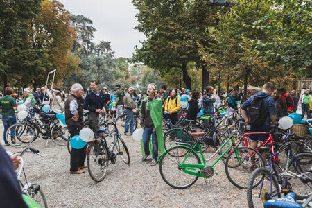 greenpeace: MILAN, ITALY - OCTOBER 4: People take part in the Ice Ride, global bike event organized by Greenpeace to demand protection for the Arctic on OCTOBER 4, 2014 in Milan.