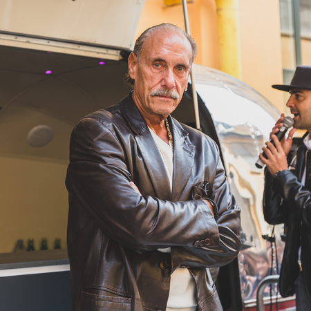 hardcore: MILAN, ITALY - APRIL 18: Les Gold of the tv series Hardcore Pawn visits Fuorisalone, important and interesting events all around the town during Milan Design Week on APRIL 18, 2015 in Milan.