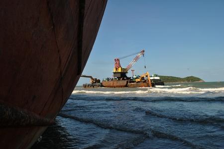 aground: Ran aground oil tanker ship in Thailand