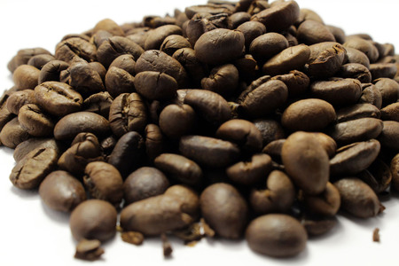 Indonesian roasted coffee beans, your source for a cup of coffee. Fresh!