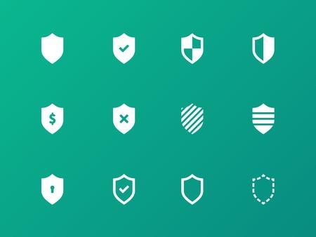 obscure: Escudo iconos sobre fondo verde. Vectores