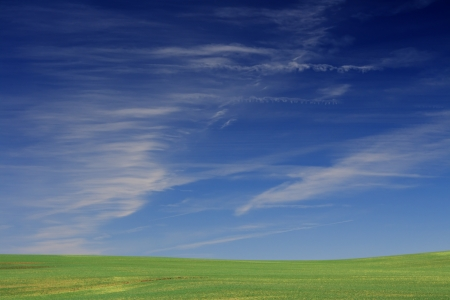 Beautiful farmlands with lovely clouds Stock Photo - 16018622