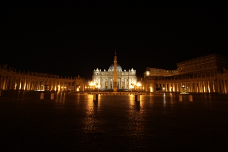 View of a cathedral of St  Peter from at night