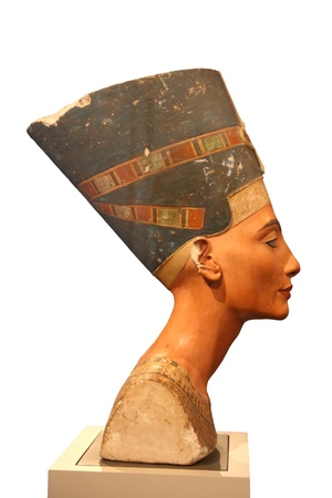 queen nefertiti: Bust of Nefertiti in a museum of Berlin Stock Photo