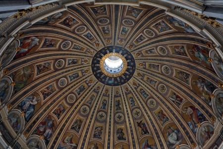 Saint Peters Basilica, Vatican, Roma, Italy. Editorial