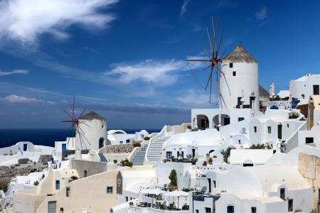 Windmühle. Schöne Aussicht auf Santorini Lizenzfreie Bilder