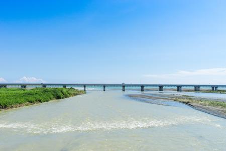腫れの酒匂川と酒匂橋