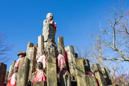 jizo: Hundred bodies Jizo Editorial
