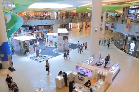 vivo: Singapore, Singapore - 28 May, 2014  People shop at Vivo City Harbourfront Centre Singapore   Editorial