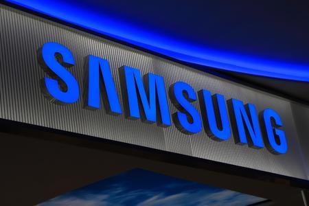 logo samsung: Melbourne Úc - 13 tháng 12 2014: điện tử Samsung của Hàn Quốc biên tập
