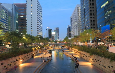Cheonggyecheon stream and Seoul cityscape South Korea 写真素材