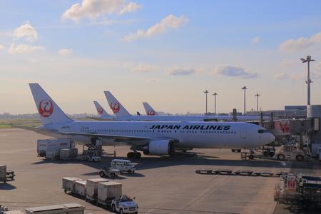 Tokyo Japan - July 11, 2017: Japan Airline plane at Haneda airport Tokyo Japan. 報道画像