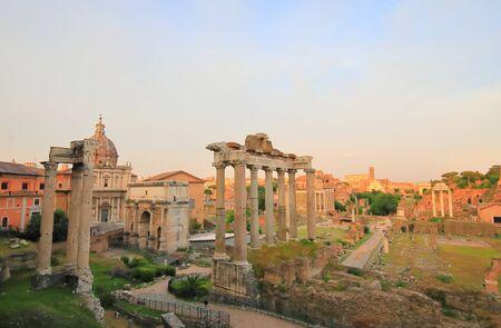 Foro Romano Roman Forum ruin cityscape Rome Italy Archivio Fotografico