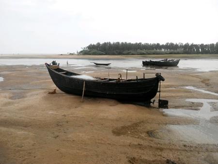 red: Barco de pesca indio