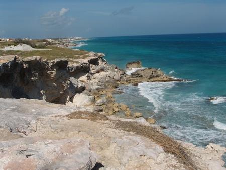 mujeres: Rocky coast line of Isla Mujeres, Mexico