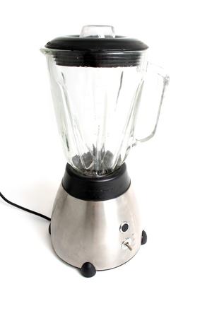 licuadora: mezclador aislado en aplicación de la cocina de color blanco o licuadora para mezclar los alimentos