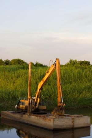 gold shovel: Heavy machine Construction Building
