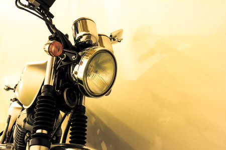 Detalhe da motocicleta vintage, estilo da cor do vintage Imagens