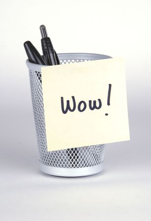 Wow! Post-It Note