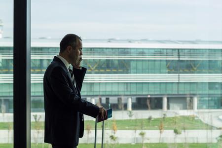 Business man talking on the phone 免版税图像