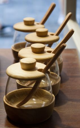 bulk memory: Four glass jars with a wooden lid, hand-made in Prague