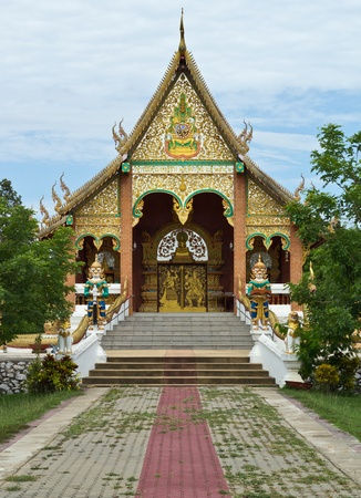 influenced: Temple Thailand in rural northern Thailand  Influenced by the Burmese art in ancient architecture