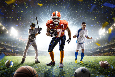 deporte: para practicar diversos deportes jugadores orgullosos Collage sobre Grand Arena Foto de archivo
