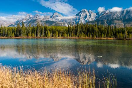 Озеро Водосброса в Провинциальном парке Питера Лугеда