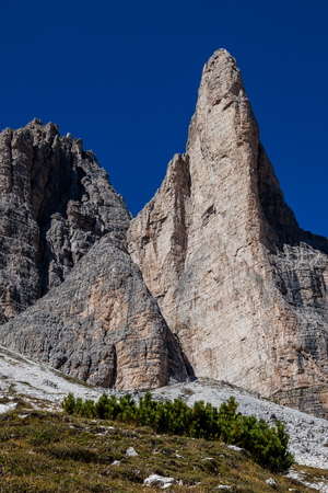Hiking around the Tre Cime di Lavaredo in the Dolomites of Northern Italy, Europe Stock Photo - 117182283