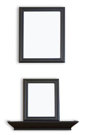 Beschrijving: Black Picture Frames gestapeld boven elkaar met een blanco binnenkant voor uw afbeeldingen of tekst. Stockfoto