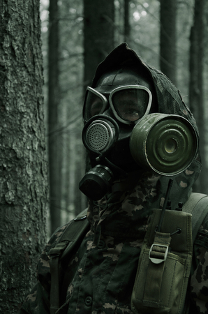 militant: Military post apocalyptic, thematic shooting war and Stalker