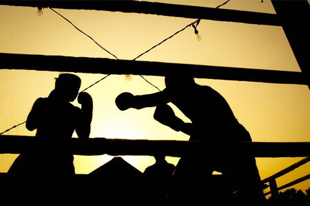 fight arena: Slihouette boxing fight