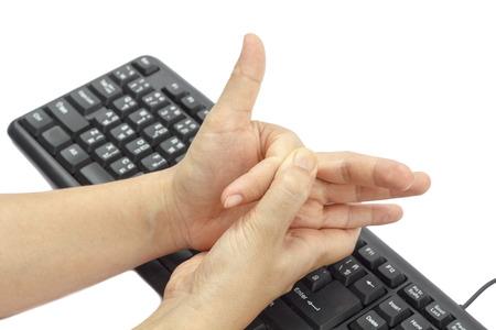 キーボードとマウスの長期使用のための痛い指