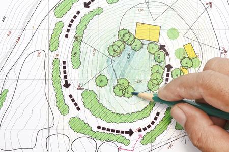 Landscape Architect ontwerpen op de site analyse plannen