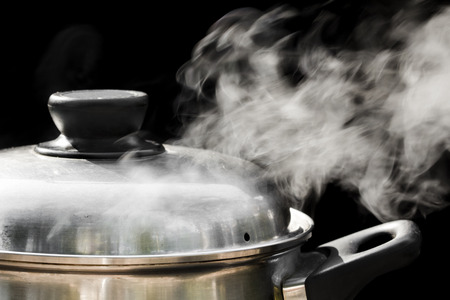 steam over cooking pot Banco de Imagens - 37351682