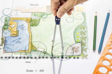 Landschapsarchitect ontwerp achtertuin plan. Stockfoto