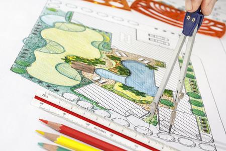 arquitecto: Paisajista plan de dise�o del patio trasero de casa