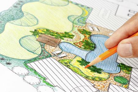 별장을위한 조경 건축가 설계 뒤뜰 계획 스톡 콘텐츠