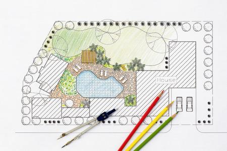 herramientas de construccion: Paisajista plan de dise�o del patio trasero de casa
