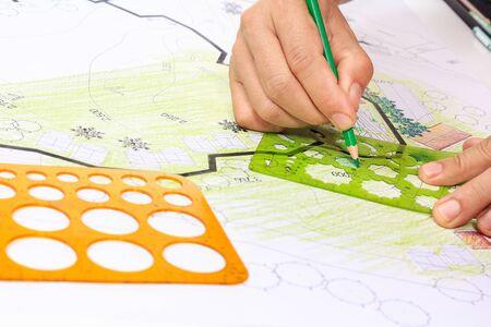 Landschaftsarchitektur Gestaltung Gartenplan für Wohnbebauung Standard-Bild