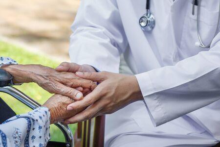 Doctor is encouraging elderly to keep healthy