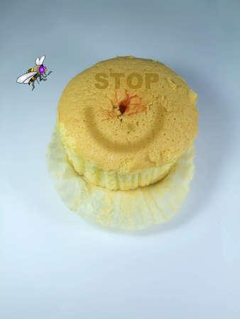 Cupcake Vanilla Yam Strawberry Cake Stock Photo - 7491923