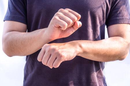 nonverbal: job work sign language male man symbol nonverbal