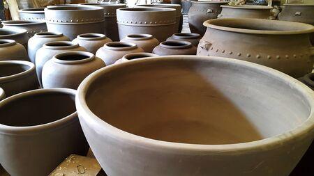 vesicle: pottery school. ratchaburi, Thailand