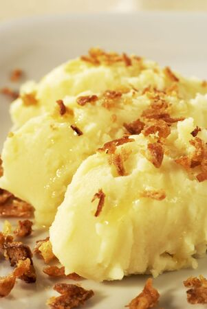 browned: Mashed potato served with melted butter and browned onion