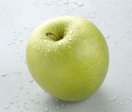 fruit eater: Wet Green Apple